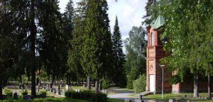 kesäinen hautausmaa